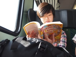 Kawan dari Singapore baca hKD